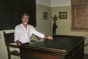Luis Romero en su aula